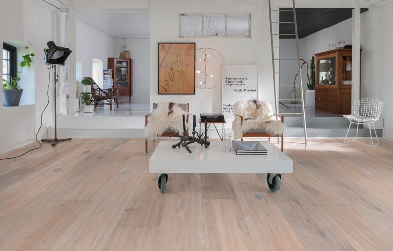 manor oak kahrs grande collection floortique. Black Bedroom Furniture Sets. Home Design Ideas