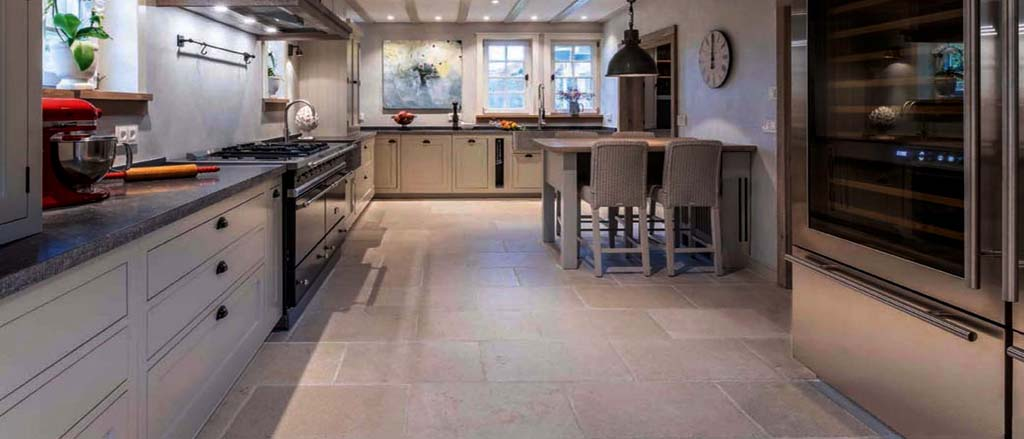 Antique French Barr limestone floor Floortique